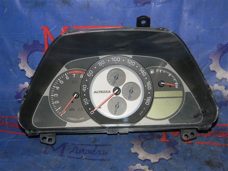 Панель приборов Toyota Altezza Gita JCE10 2JZ-GE 2004