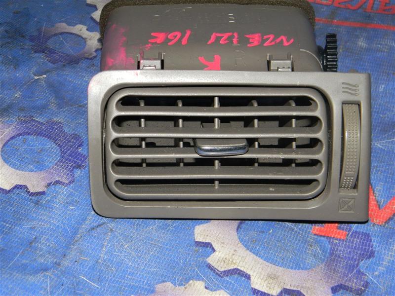 Дефлектор воздушный Toyota Corolla NZE121 1NZ-FE 2000 передний правый