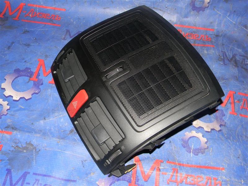 Дефлектор воздушный Toyota Auris ZRE152 2ZR-FAE 2010