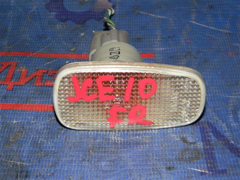 Повторитель в крыло Toyota Altezza Gita JCE10 2JZ-GE 2004 передний правый