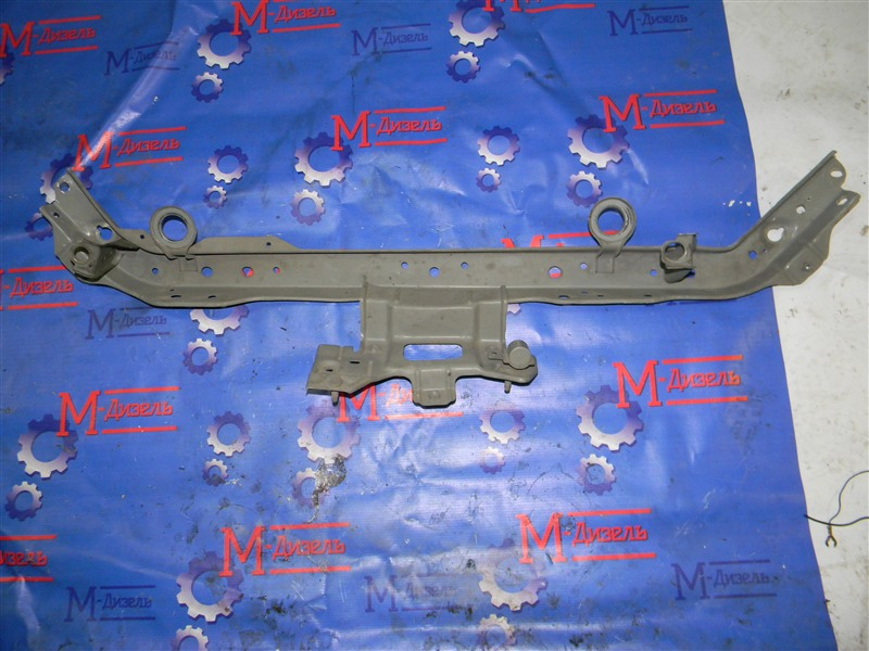 Рамка радиатора Nissan Wingroad Y12 HR15DE 2010