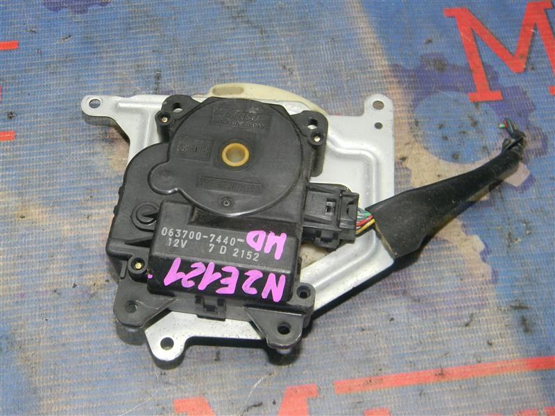 Привод заслонок отопителя Toyota Corolla Fielder NZE121 1NZ-FE 2004