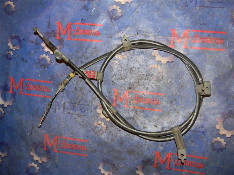 Трос ручника Nissan Serena CC25 задний правый