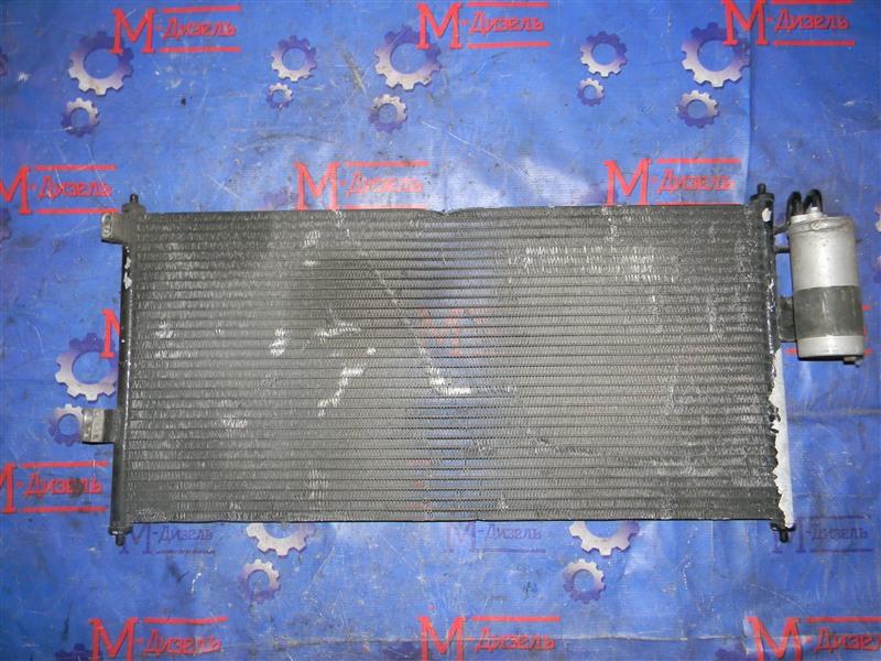 Радиатор кондиционера Nissan Tino