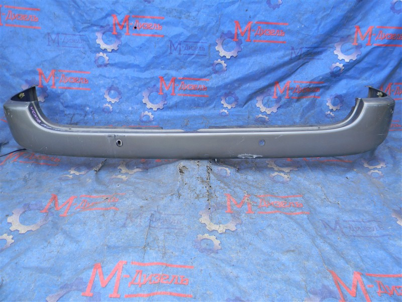 Бампер Toyota Grand Hiace VCH10 5VZ-FE 2001 задний