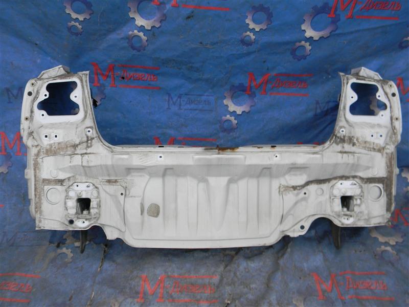 Задняя панель кузова Toyota Avensis AZT251 2AZ-FSE 2007 задняя