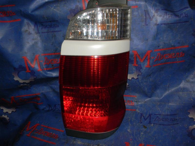 Стоп-сигнал Toyota Grand Hiace VCH10 5VZ-FE 2001 задний правый