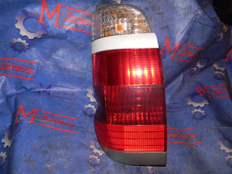 Стоп-сигнал Toyota Grand Hiace VCH10 5VZ-FE 2001 задний левый