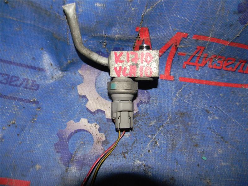 Датчик давления в системе кондиционирования Toyota Grand Hiace VCH10 5VZ-FE 2001