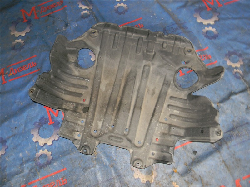 Защита двигателя Toyota Grand Hiace VCH10 5VZ-FE 2001