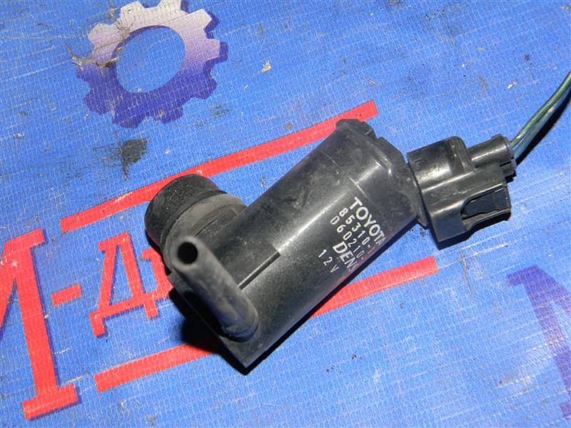 Мотор омывателя Toyota Townace Noah CR52 3CE 2001