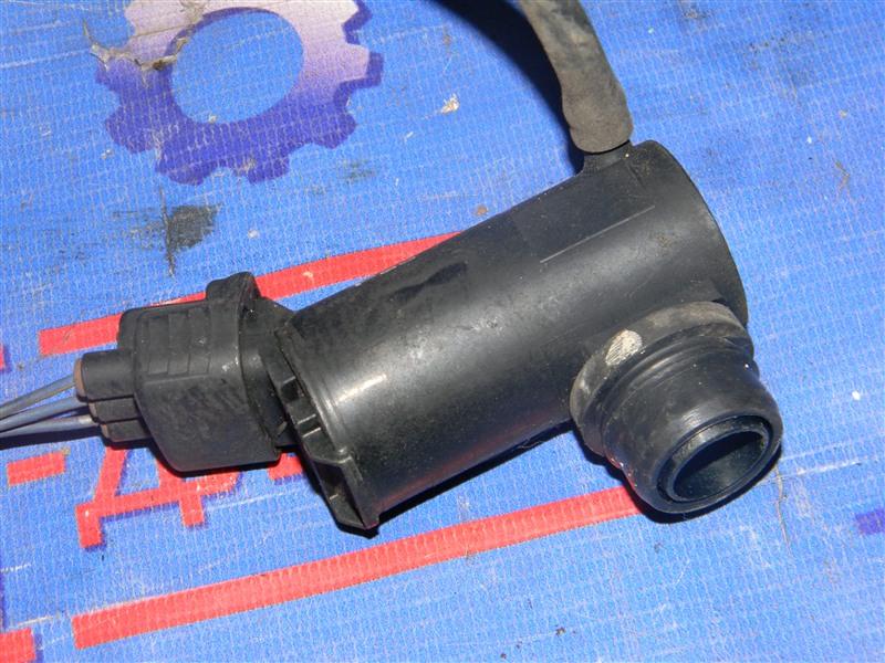 Мотор омывателя Toyota Vista CV40 3C-T 1996