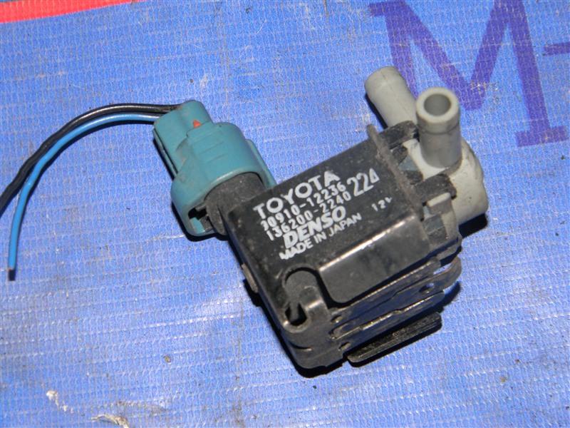 Датчик вакуумный Toyota Corolla NZE124 1NZ-FE 2000