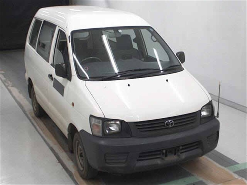 Стекло лобовое Toyota Townace Noah CR52 3CE 2001