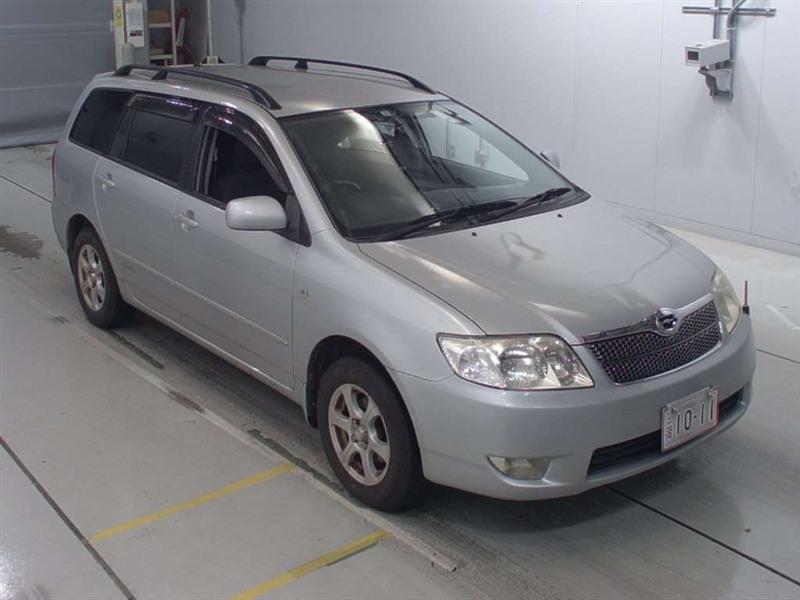 Стекло лобовое Toyota Corolla Fielder NZE124 1NZ-FE 2005