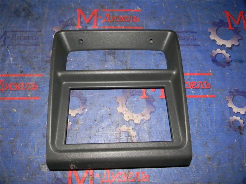 Рамка магнитофона Mitsubishi Pajero V26W 4M40-T 1995