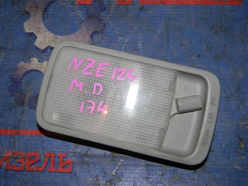 Плафон салона Toyota Corolla NZE124 1NZ-FE 2000