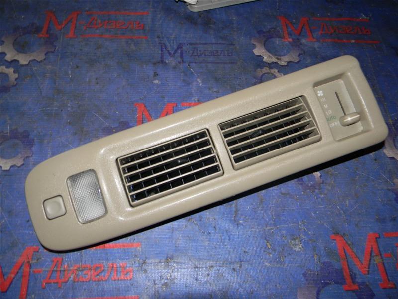 Дефлектор воздушный Toyota Granvia VCH10 5VZ-FE 2001 левый