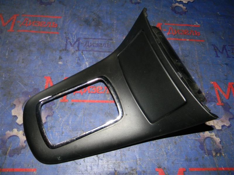 Консоль кпп Toyota Avensis AZT250 1AZ-FSE 2007