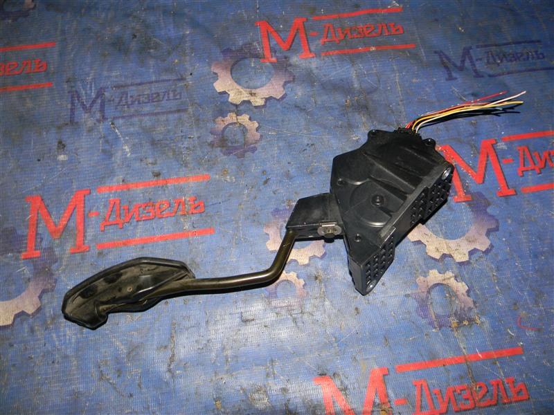 Датчик положения педали акселератора Toyota Rav4 ACA31 2AZ-FE 2006