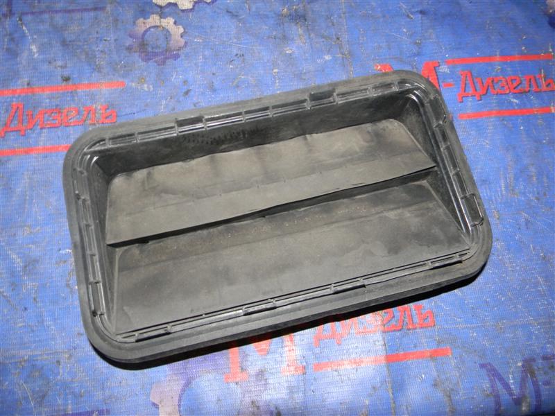 Решетка вентиляции в багажник Toyota Camry ACV40 2AZ-FE 2009 задняя левая