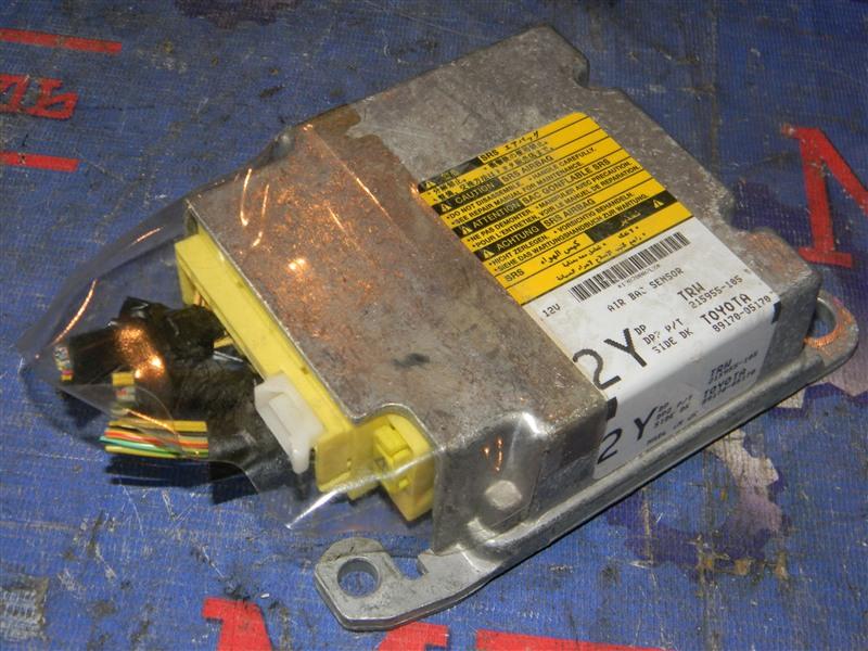 Блок управления airbag Toyota Avensis AZT250 1AZ-FSE 2007