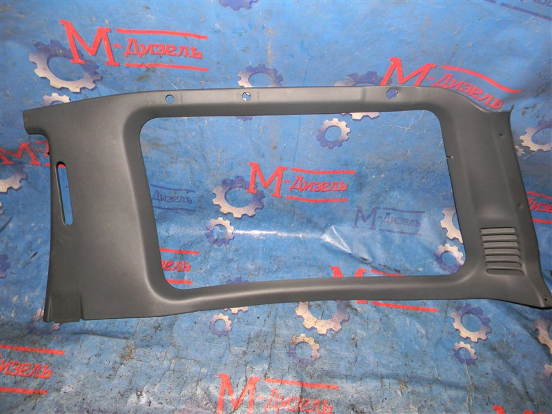 Обшивка багажника Mitsubishi Pajero V26W 4M40-T 1995 задняя правая верхняя