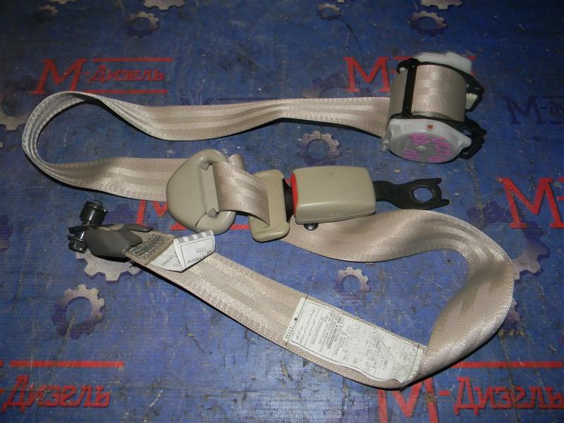 Ремень безопасности Toyota Grand Hiace VCH10 5VZ-FE 2001 задний правый