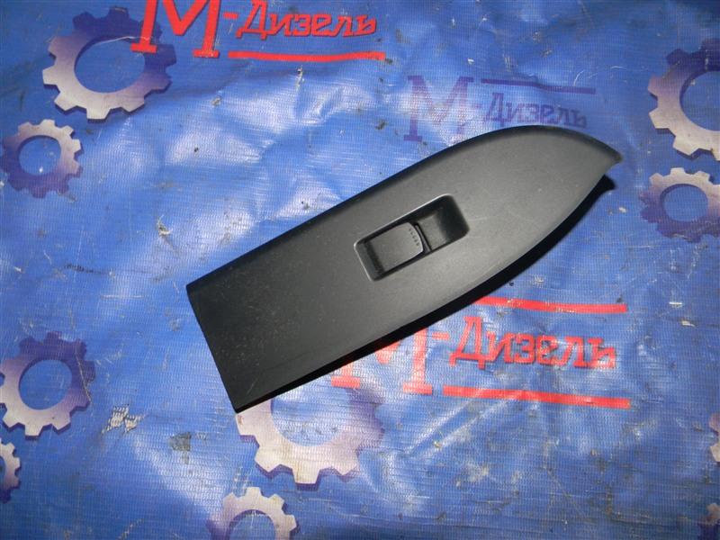 Кнопка стеклоподъемника Suzuki Grand Vitara TD54W J20A 2006 задняя правая