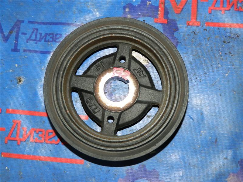 Шкив коленвала Toyota Avensis AZT251 2AZ-FSE 2007