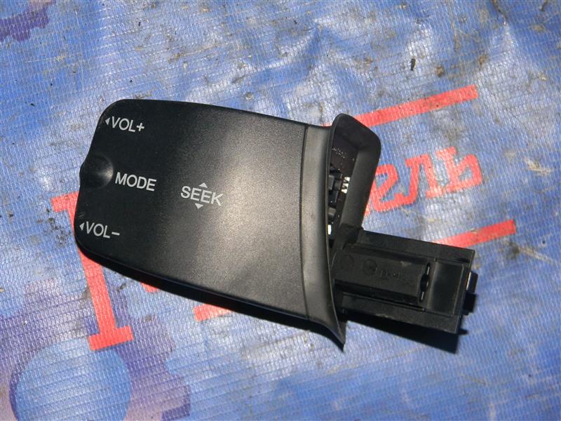 Кнопки в салон Ford Focus CB4 SIDA 2008