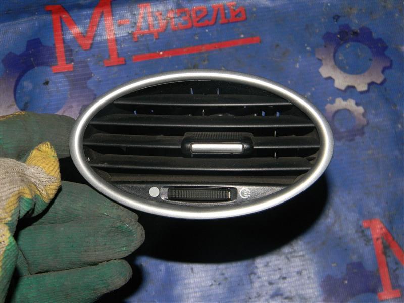 Дефлектор воздушный Ford Focus CB4 SIDA 2008 левый