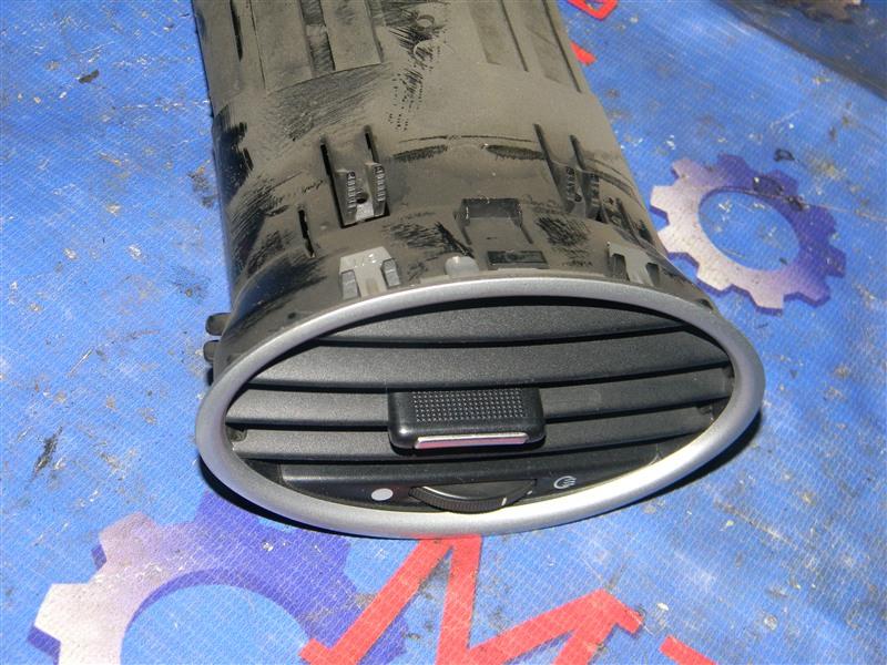 Дефлектор воздушный Ford Focus CB4 SIDA 2008 правый