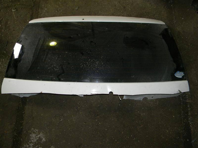 Стекло заднее Toyota Corolla Fielder ZZE123 2ZZ-GE 2000