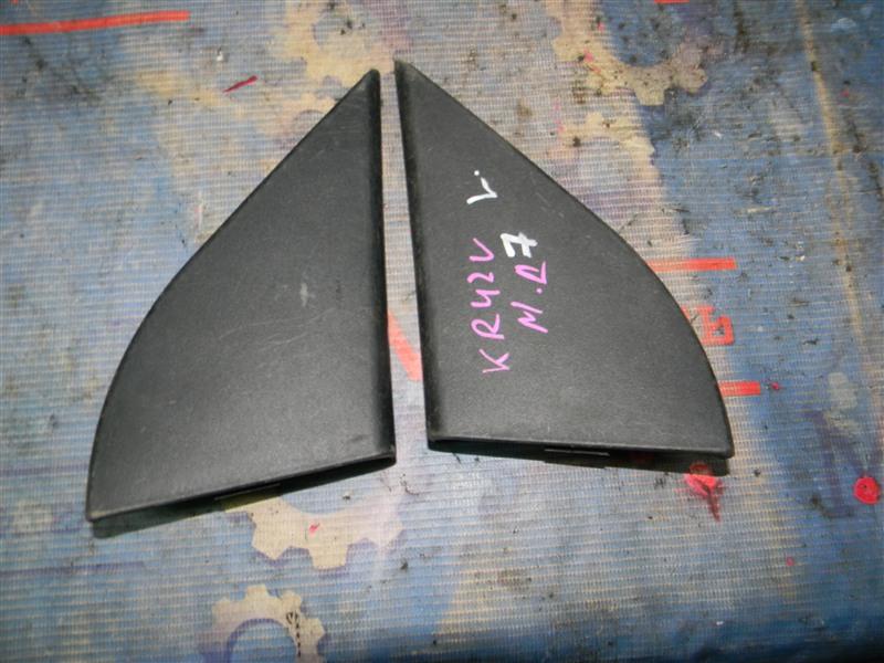 Накладка на зеркало Toyota Townace Noah KR42V 7K-E 2001