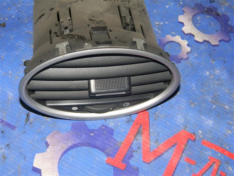 Дефлектор воздушный Ford Focus CB4 SIDA 2008 передний правый