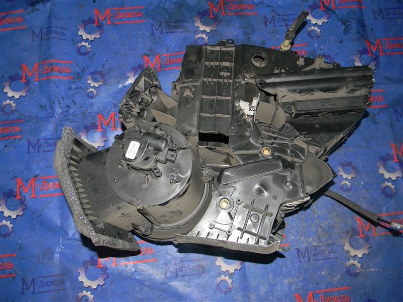 Корпус вентилятора отопителя Ford Focus CB4 SIDA 2008
