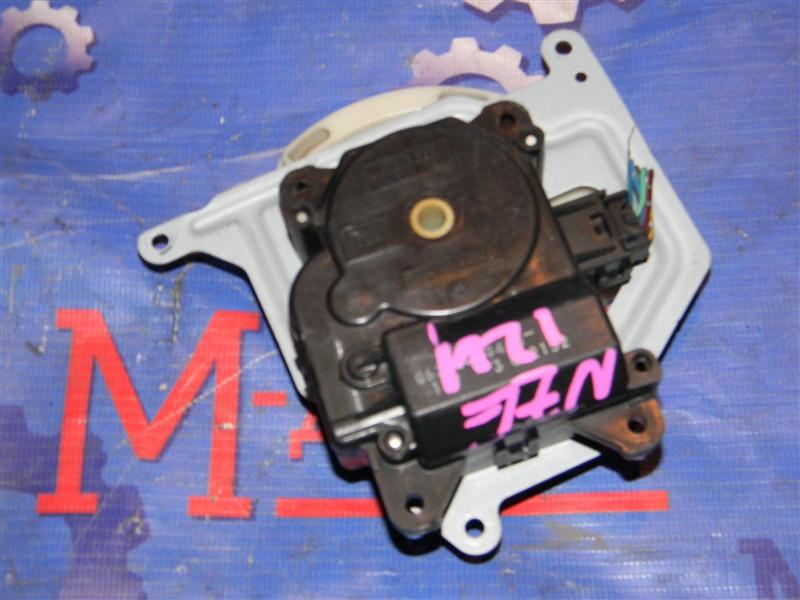 Привод заслонок отопителя Toyota Corolla Fielder NZE124 1NZ-FE 2005