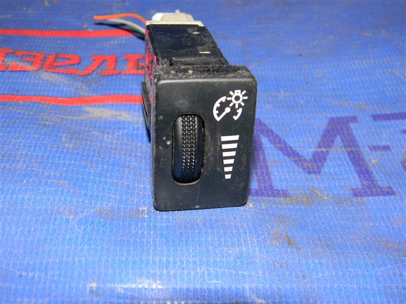 Кнопки в салон Toyota Rav4 ACA31 2AZ-FE 2006