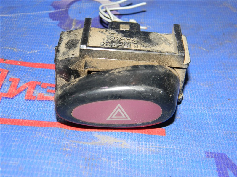 Кнопки в салон Toyota Townace Noah CR52 3CE 2001