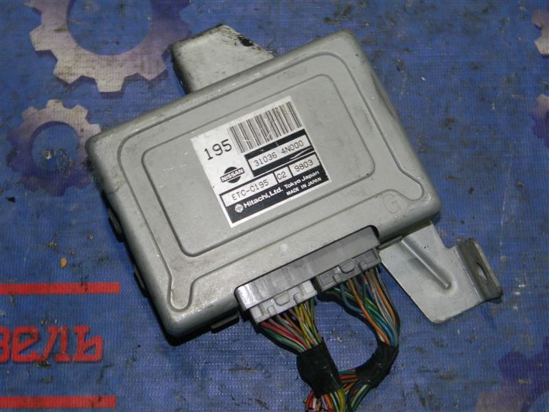 Блок управления Nissan Serena PNC24 SR20DE 2000