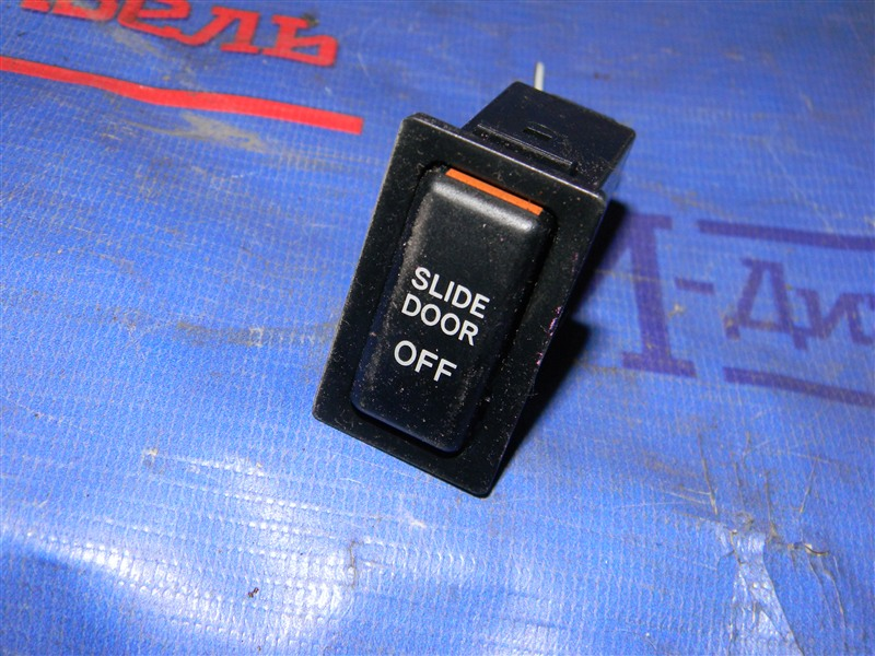 Кнопки в салон Mazda Bongo Friendee SGL5 WL-T 1996