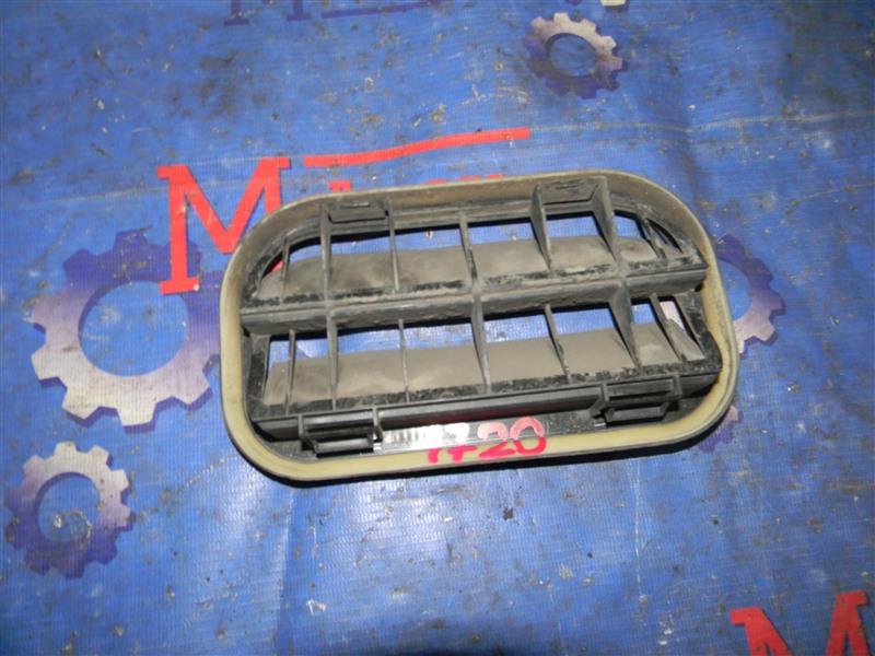Решетка вентиляции в багажник Ford Focus CB4 SIDA 2008 задняя левая