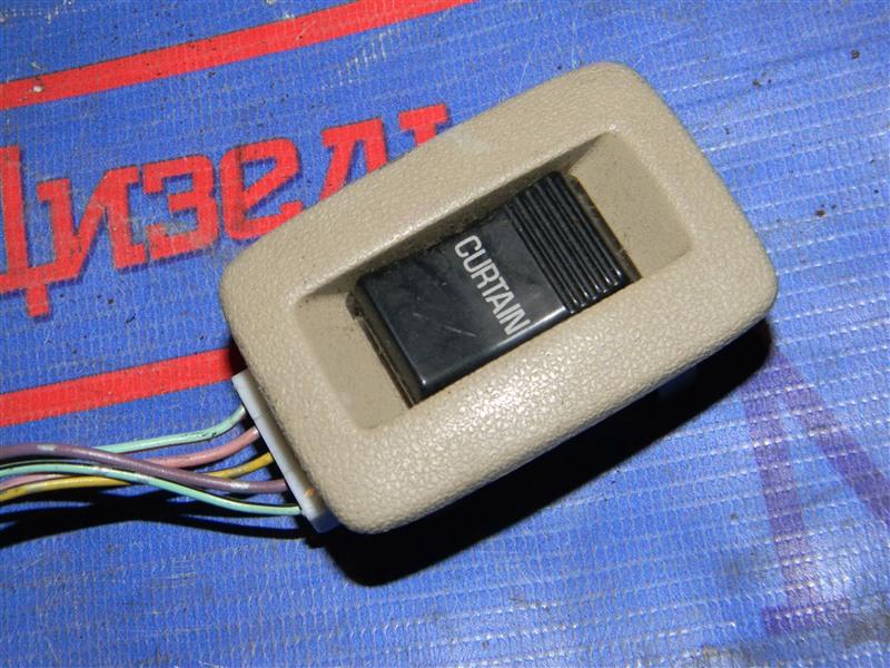 Кнопки в салон Toyota Granvia VCH10 5VZ-FE 2001