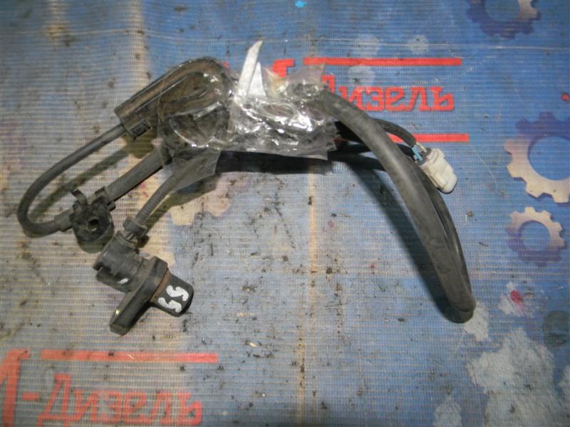Датчик abs Toyota Probox NCP55V 1NZ-FE 2003 передний левый