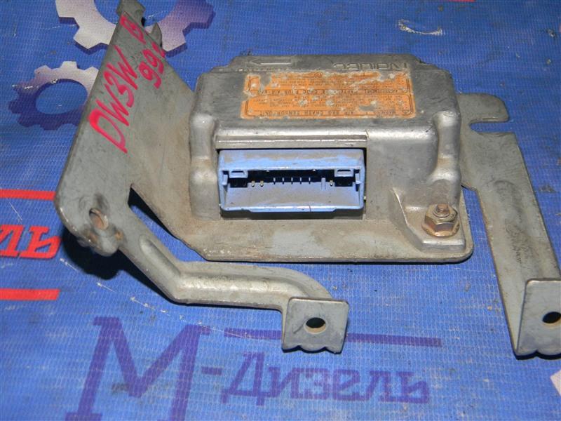 Блок управления airbag Mazda Demio DW3W B3 1998