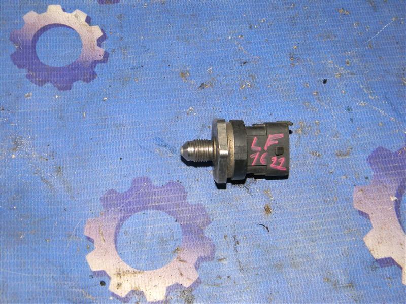 Датчик давления топлива Mazda Axela BLEFW LF-VDS 2010