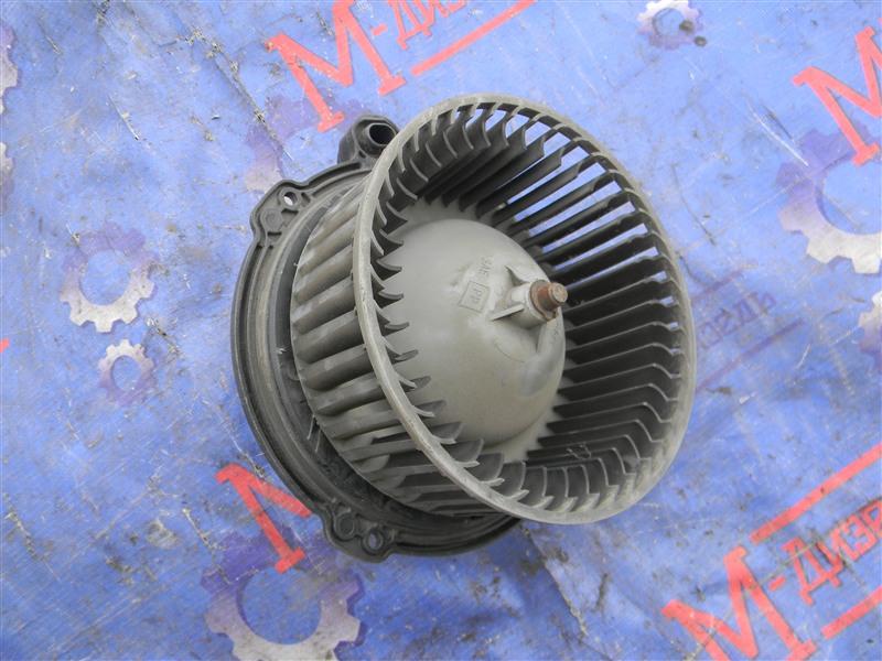 Мотор отопителя Isuzu Elf NKR71E 4HG1 2001