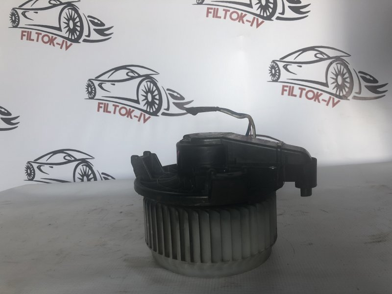 Мотор печки Toyota Corolla Rumion ZRE154