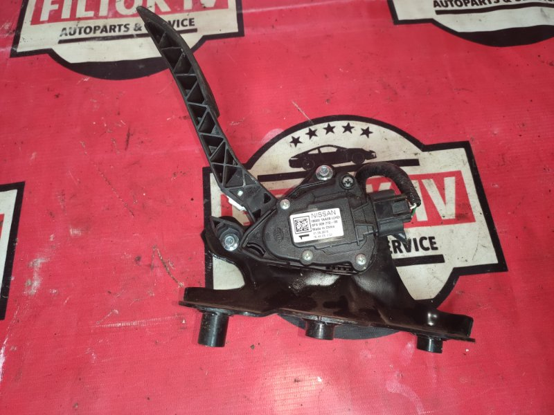 Педаль газа Nissan Murano Z51 VQ35DE